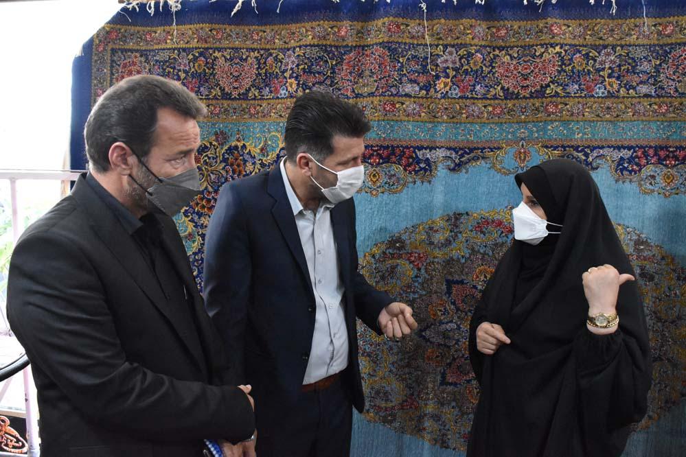 گزارش تصویر رئیس مرکز ملی فرش ایران به ساوه